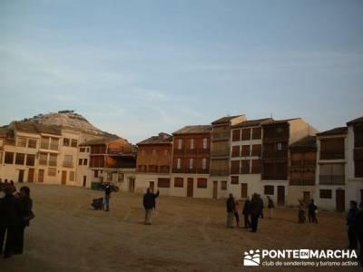 Plaza del Coso -Turismo Peñafiel; senderismo en la comunidad de madrid
